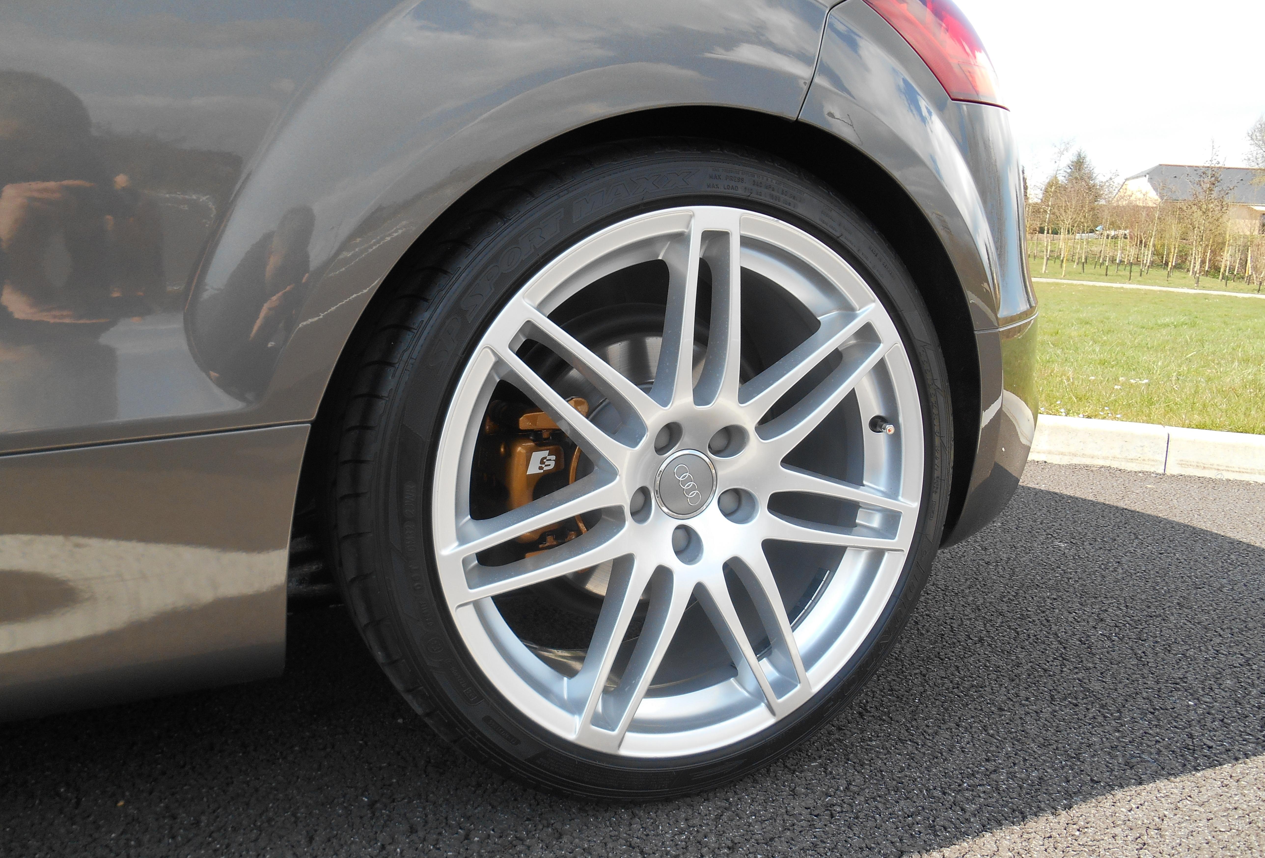 Audi TT gris Dakota S-line 2011  536507DSCN0361