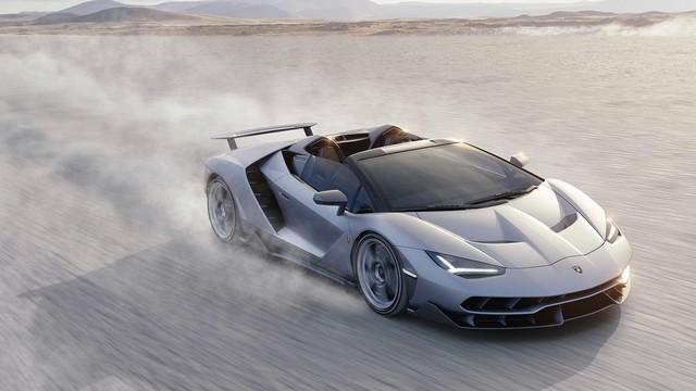 Lamborghini a dévoilé sa Centenario Roadster à Pebble Beach  541696gallery6