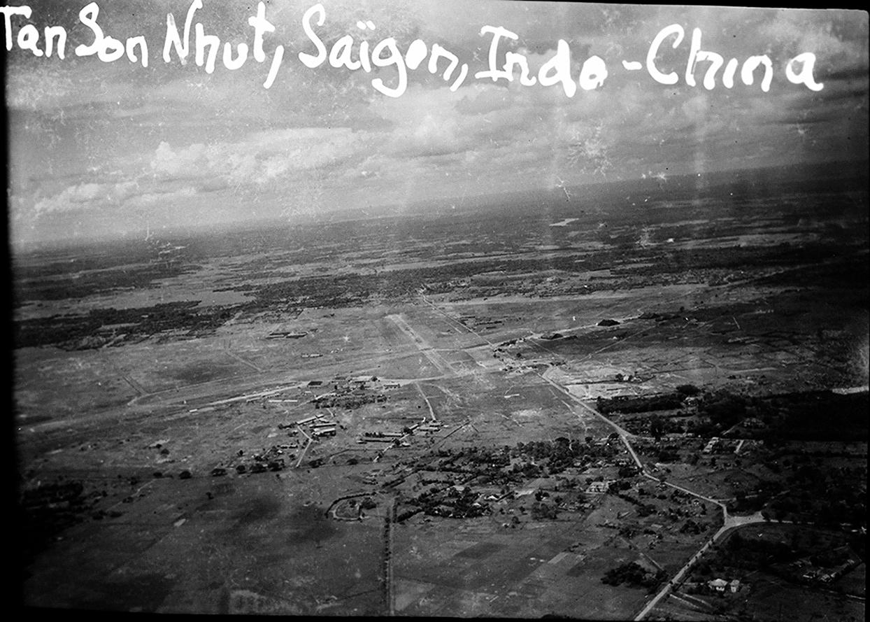 [ Aéronavale divers ] [ 1945-1950 L'histoire des grands oiseaux blancs à tête de loup noir en Indochine 542798714688043592cb5b759eb2