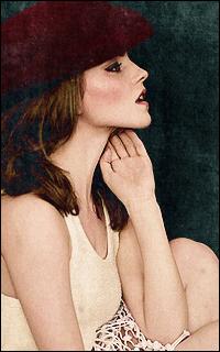 Emma Watson - 200*320 543296ewatson23