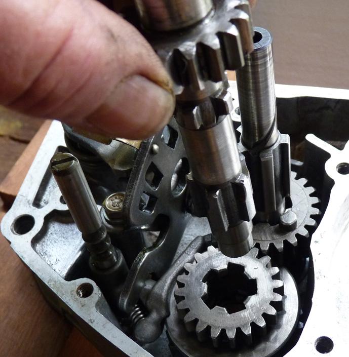 remontage d'un bas moteur d'une 125 TS 543987P1060190