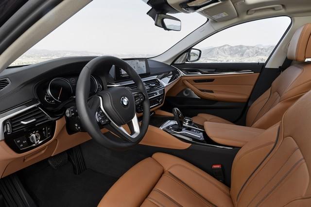 La nouvelle BMW Série 5 Berline. Plus légère, plus dynamique, plus sobre et entièrement interconnectée 545064P90237329highResthenewbmw5series