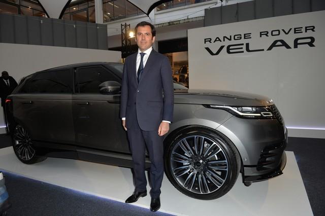 Le Range Rover Velar s'est dévoilé sur les toits de Paris 546496corpo0044