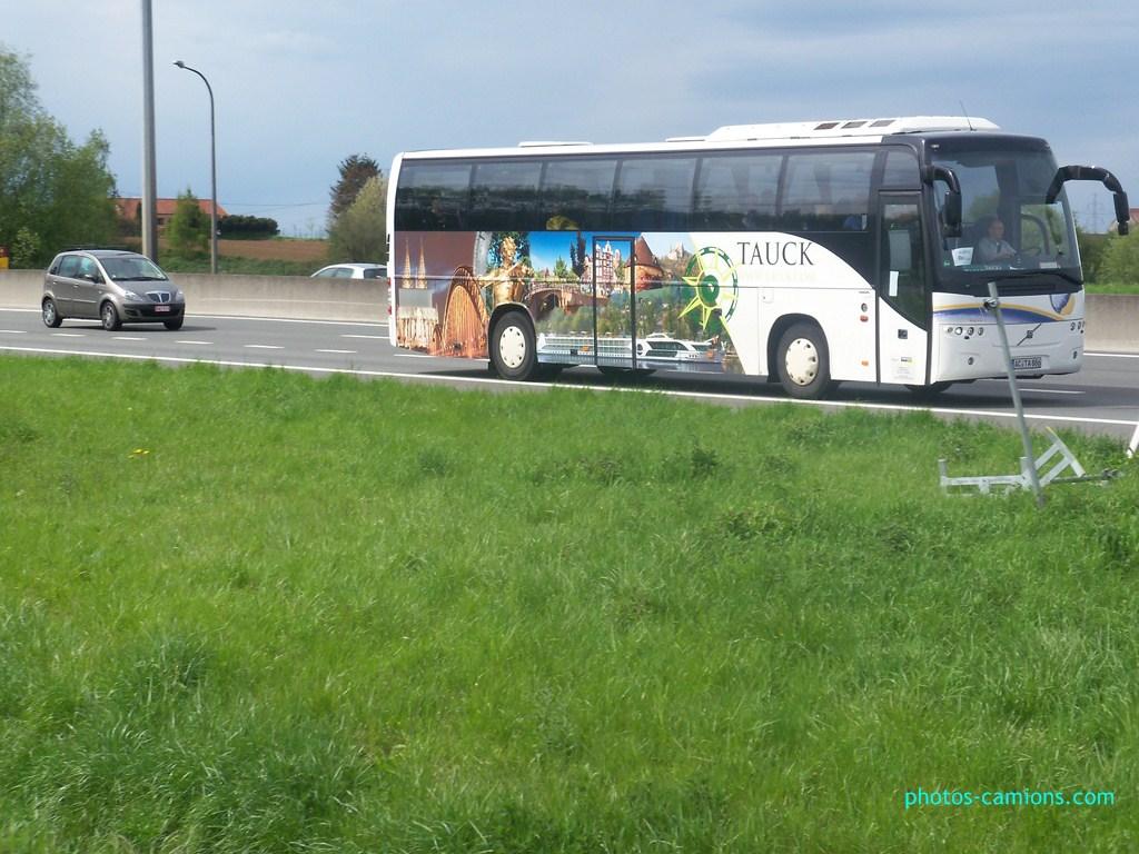Cars et Bus d'Allemagne - Page 3 548105photoscamions30Avril2012119