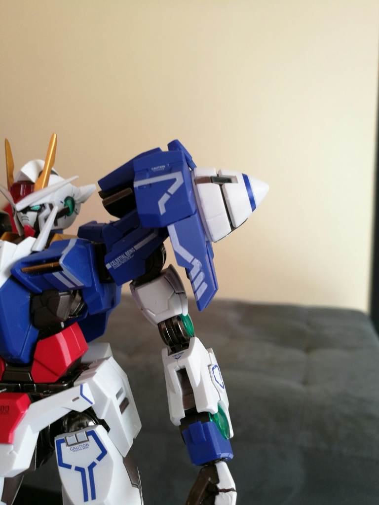 [REVIEW] Gundam 00 Seven Sword Metal Build MC Club..entre larmes,decadence et F5. 548263IMG201610271326121