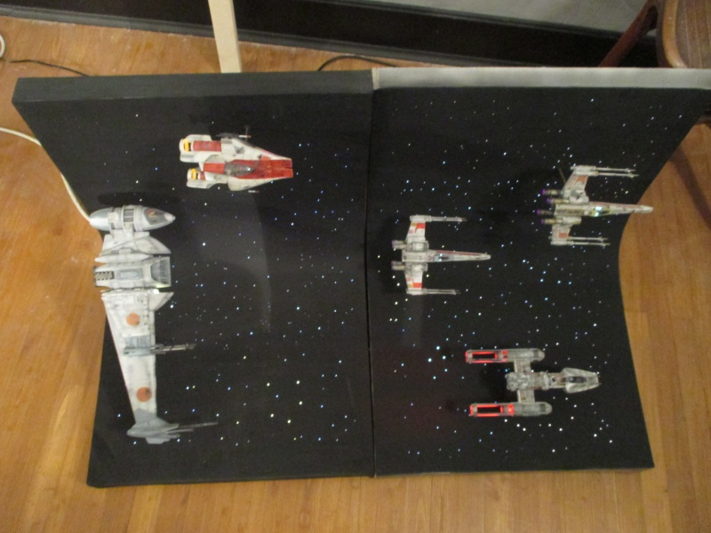 STAR WARS : Diorama Flotte rebelle - Page 4 548448IMG0156