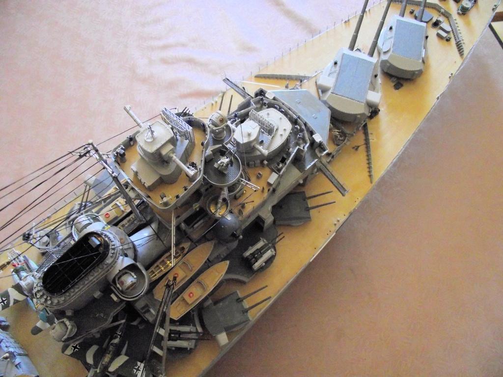 Bismarck Trumpeter 1x200 avec PE et figurines Eduard 548651Bismarck1x200164