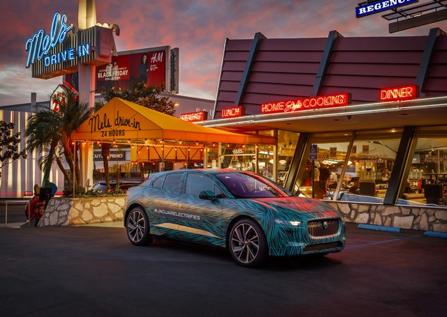 Le Jaguar I-PACE en road trip électrique à Los Angeles 550941jipaceroadtrip061217001