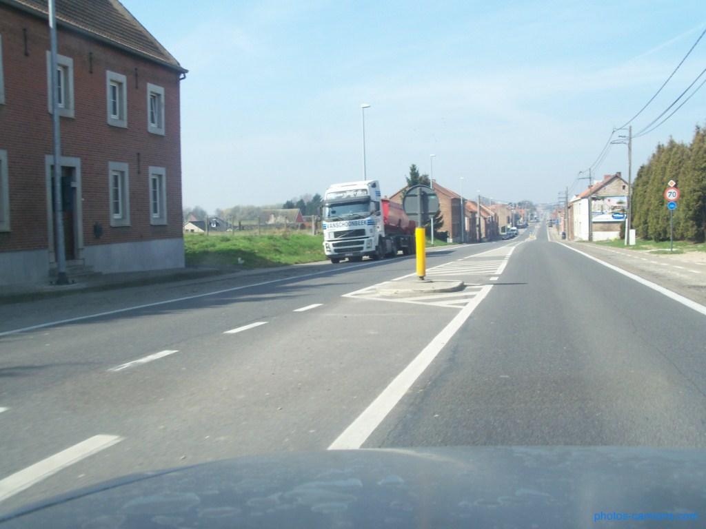 Vanschoonbeek (Sint Truiden) 551513photoscamions25Mars201222Copier