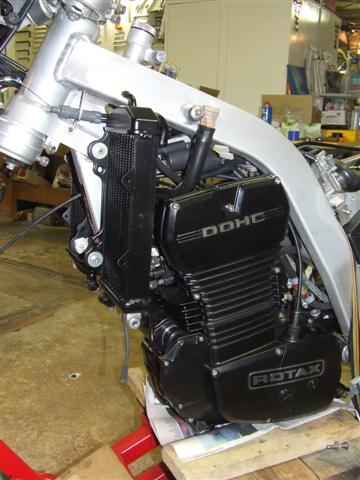 les plus beaux moteurs - Page 12 552861DSCF4684Small