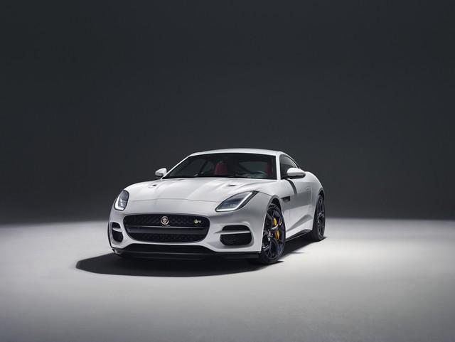 Lancement De La Nouvelle Jaguar F-TYPE Dotée De La Technologie GOPRO En Première Mondiale 553261jaguarftype18myrcoupestudioexterior10011702