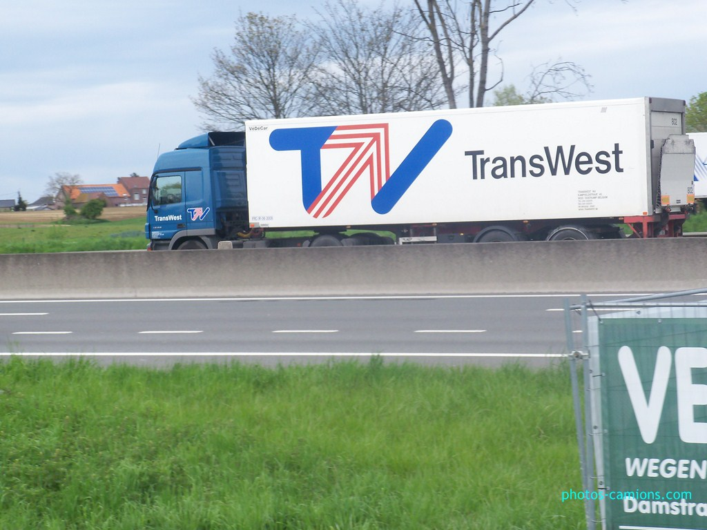 Transwest (Oostkamp) 554426photoscamions30Avril201278