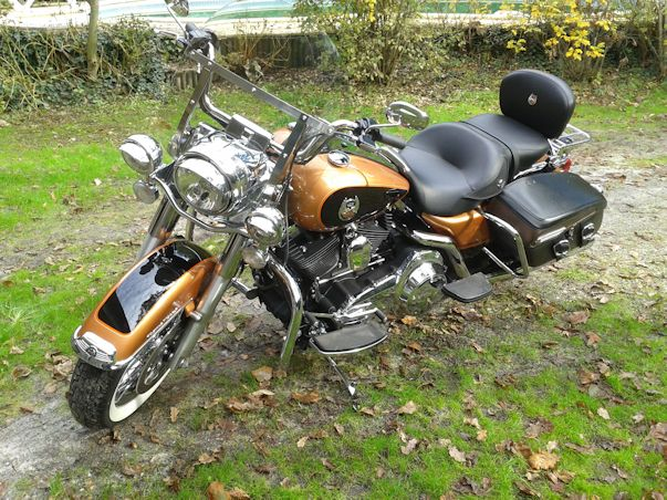 Road King uniquement, combien sur Passion-Harley  55489220121112132625