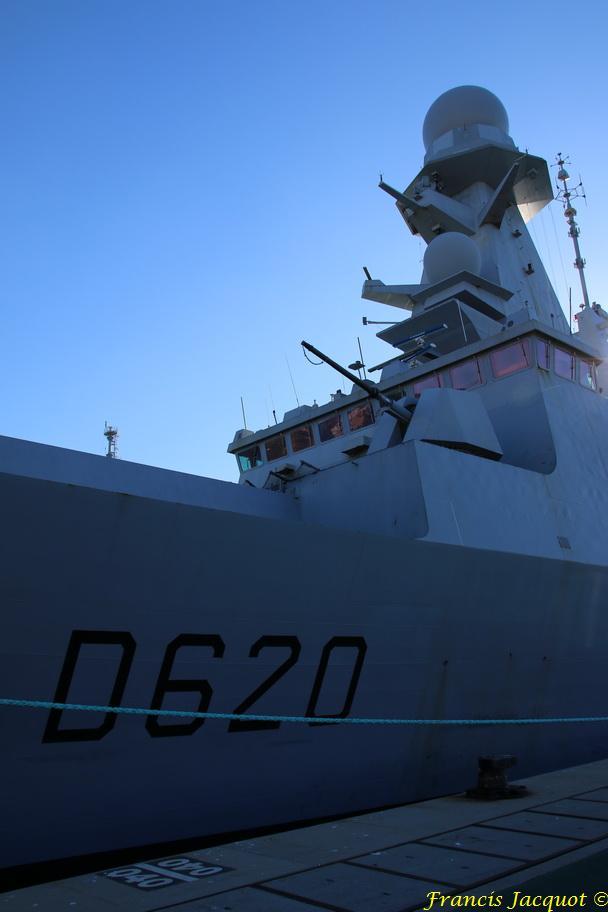FORBIN  D620 (fregate) - Page 15 5564464530