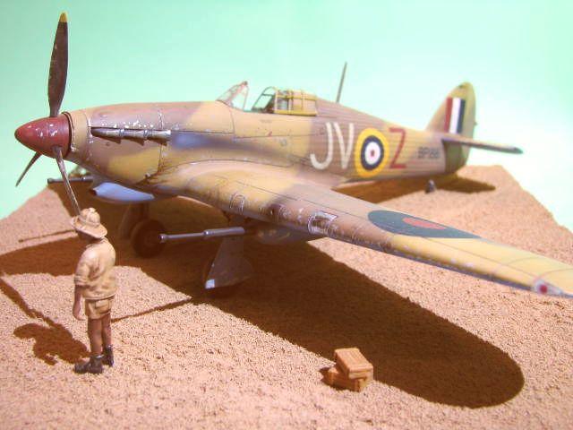 Hawker Hurricane Mk IId Trop 6 Sqn 1942 Hobbycraft 1/48.... Terminé! - Page 2 556612IMG1203