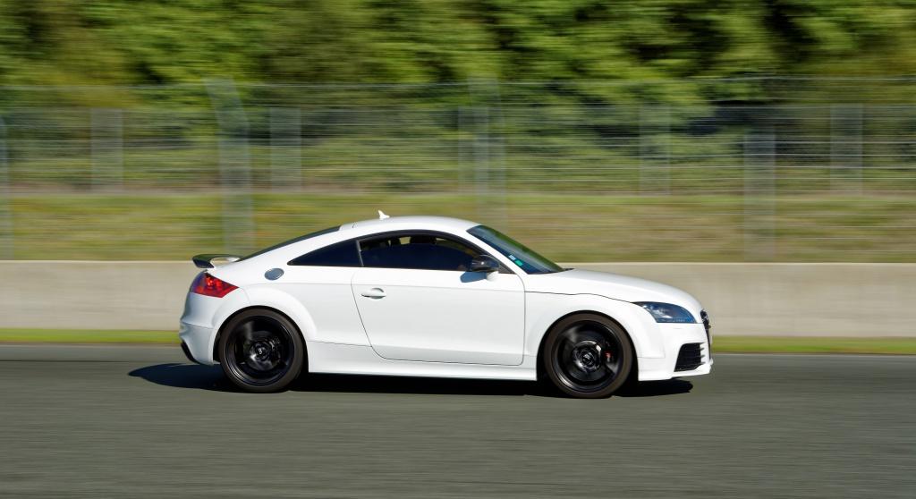 TT RS blanche de 2010 - Page 2 557386Nogredim2