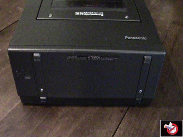 Caméra Panasonic PK-750 et VCR Portable NV-8410 55851120