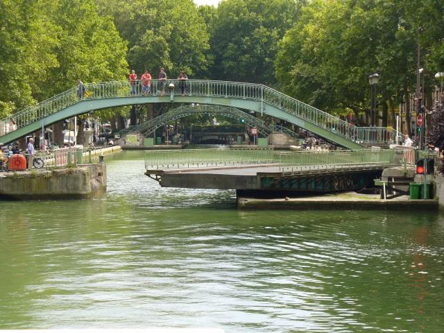 Balade sur le canal St MArtin à PAris (75) 558590P1070512