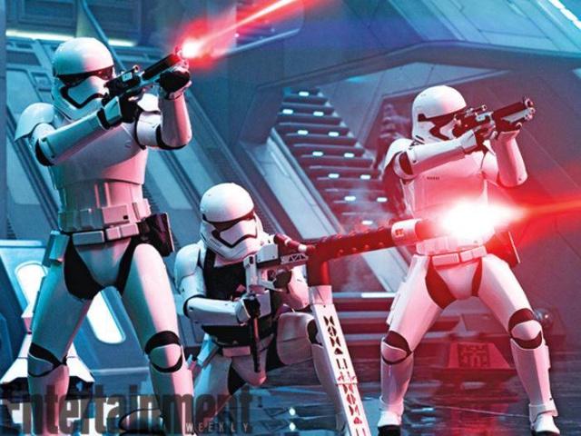 Star Wars : Le Réveil de la Force [Lucasfilm - 2015] - Page 6 560477w48