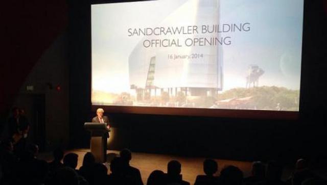 [Lucasfilm] Inauguration du Sandcrawler building à Singapour (2013)  560830sc5