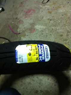 vends pneu avant michelin power pure 561949IMG0833