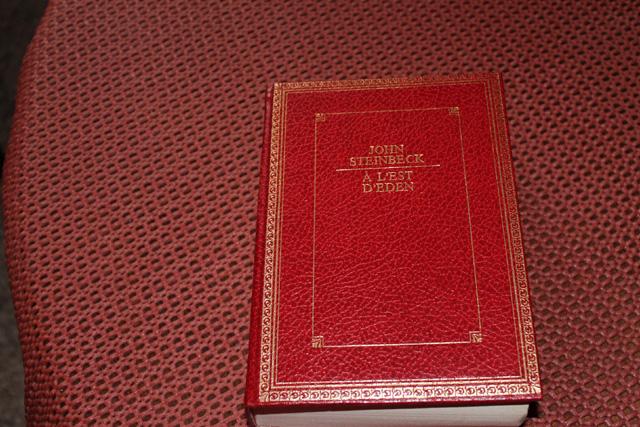 Vos plus beaux livres ! - Page 2 562496Eden1