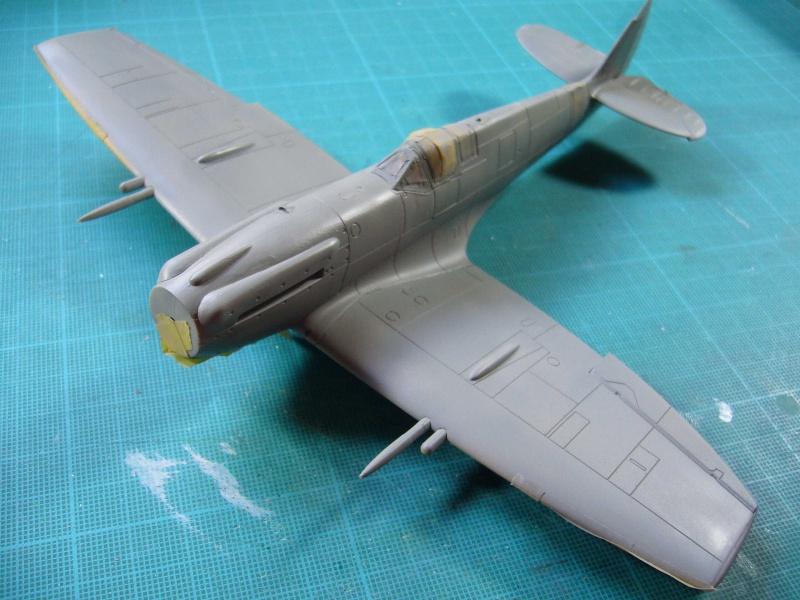 Spitfire XII du 41 RAF Sqn le 7 juin 1944, Airfix (projet AA) - Page 5 562636extrados1