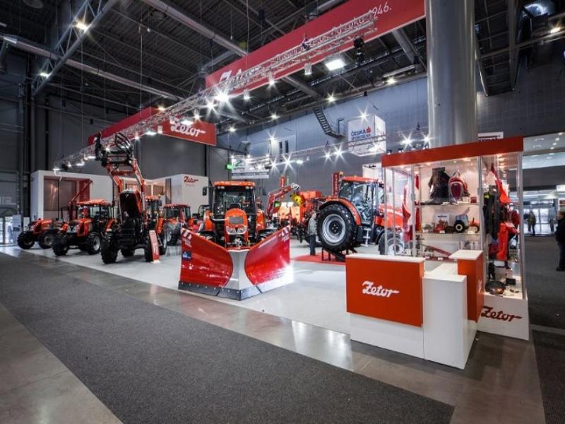 Photos de tracteurs Zetor  - Page 2 5644795279684280858438737491641182283n