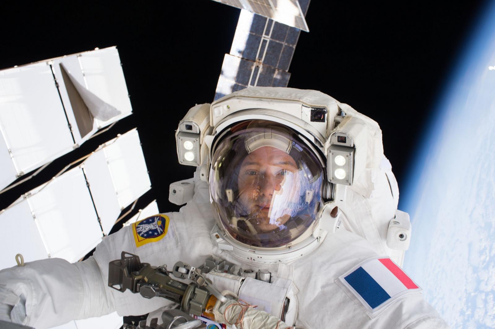 [ISS] EVA US 38 et 39, les 6 et 13 janvier 2017 - Page 7 565649161791755598301142264664583717142760354341o