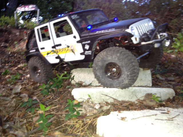 AXIAL SCX10 Jeep JK SHERIFF !! - Page 4 5661711178