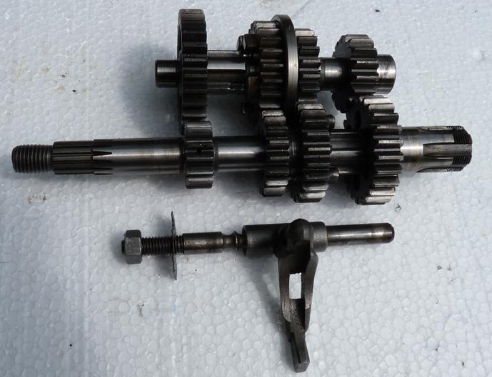 remontage d'un bas moteur d'une 125 TS 5665215632