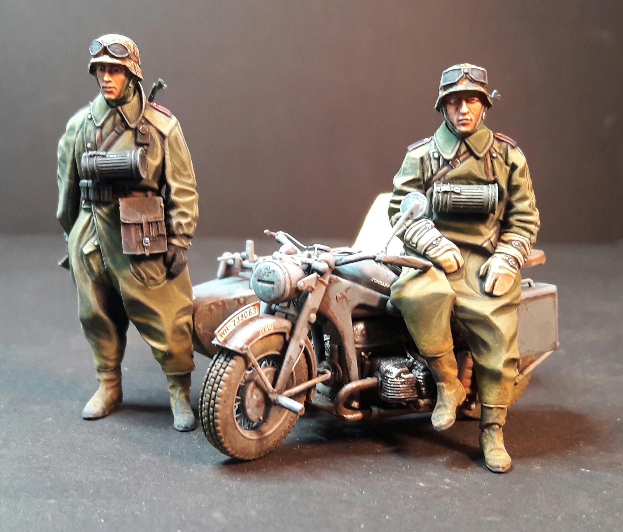 Zündapp KS750 - Sidecar - Great Wall Hobby + figurines Alpine - 1/35 - Page 5 5676752005028510211786806920170596811561o