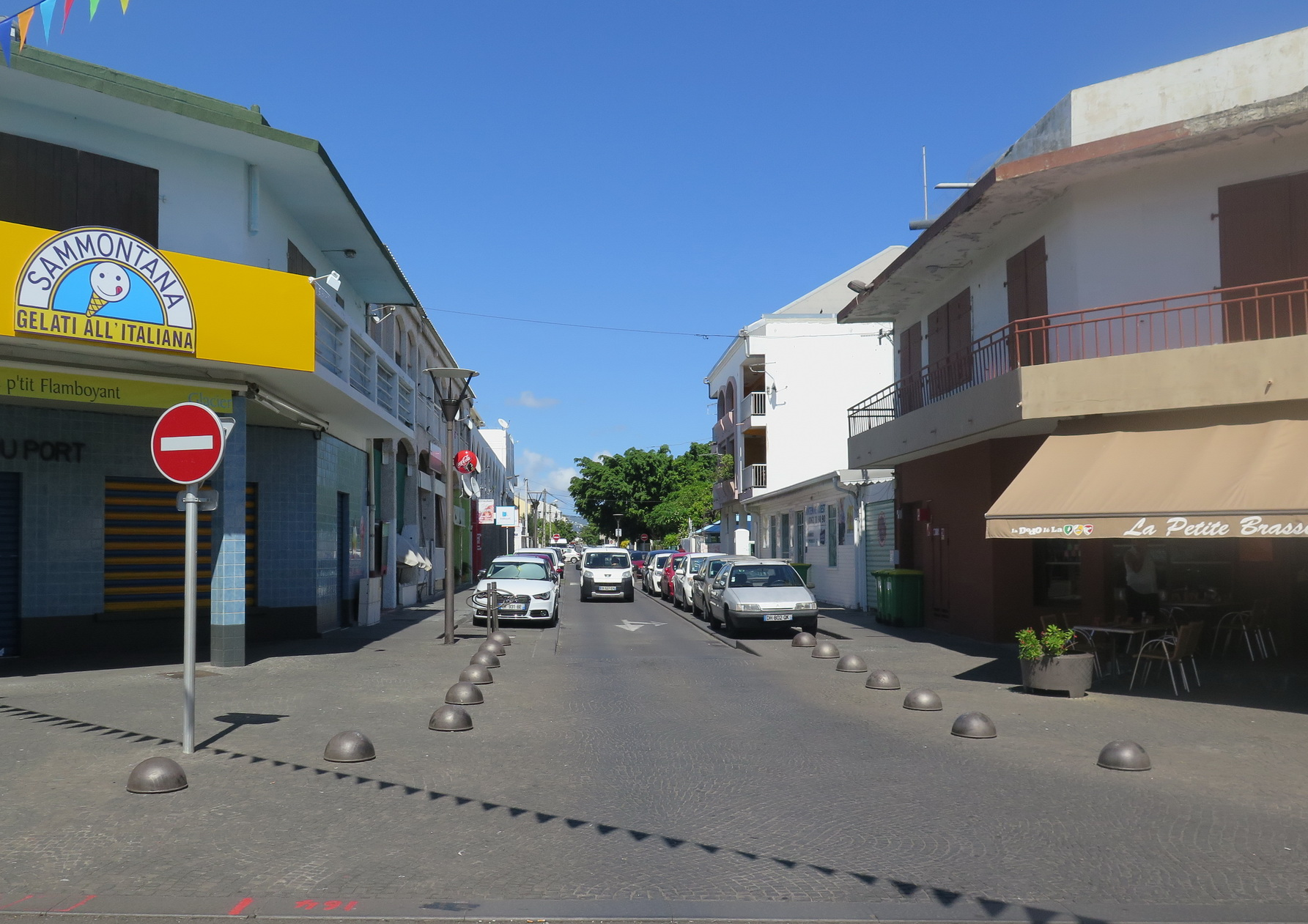 [Vie des ports] Les ports de la Réunion - Page 9 568541floral301