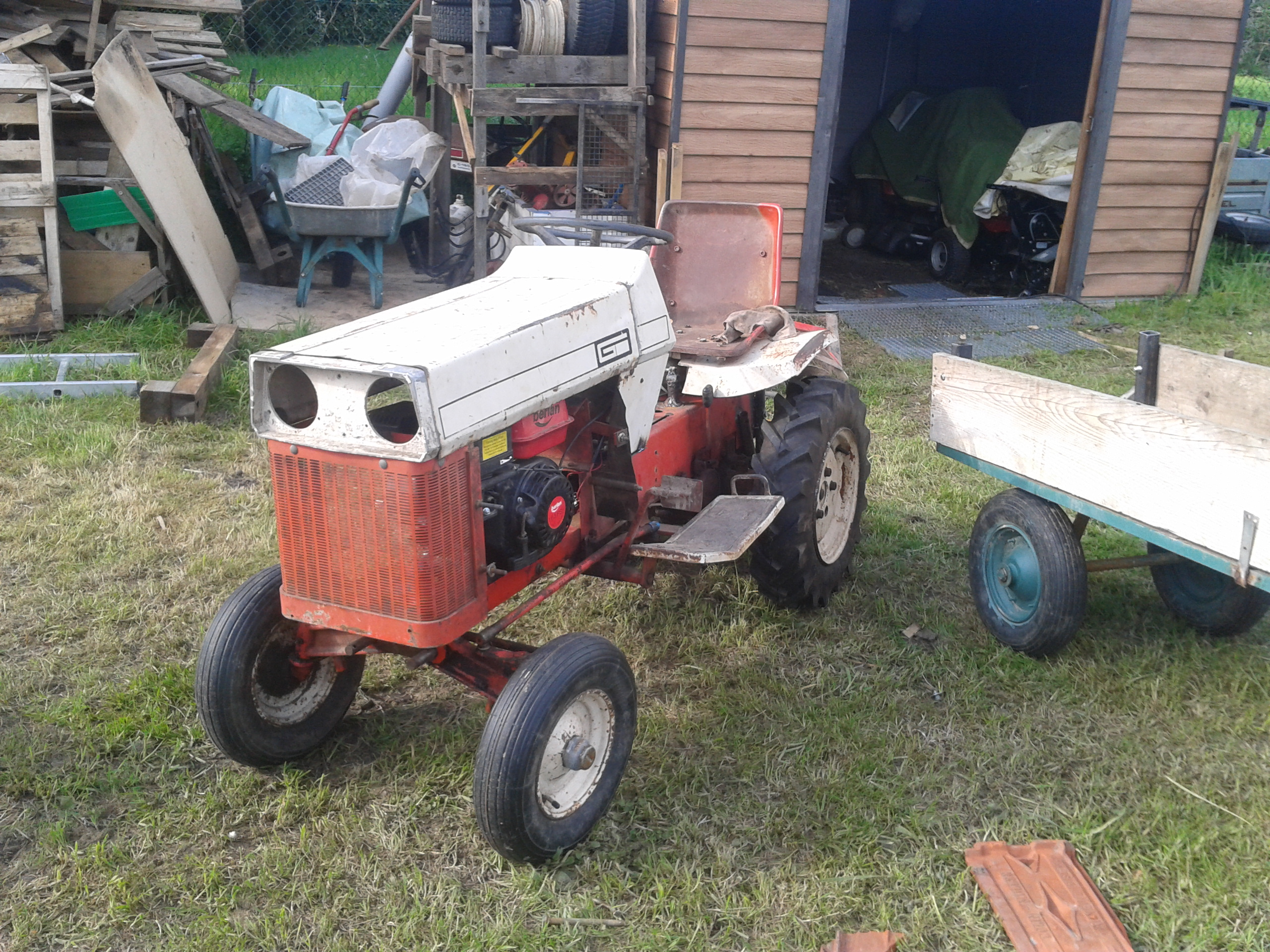Restauration micro tracteur motostandard 1017 56899720120501180429