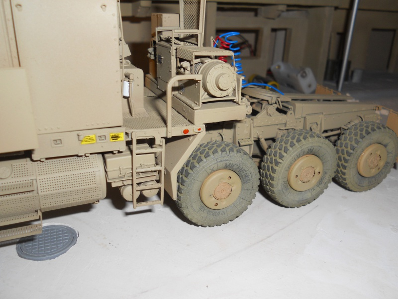M1070 & M1000 Hobby Boss + photo-découpe E.T. Model 1/35  569967DSCN0003