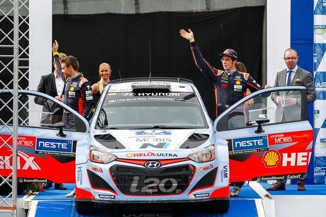 Mission accomplie pour Hyundai Motorsport qui se classe quatrième en Finlande  573220143416Neuville08FIN15am452
