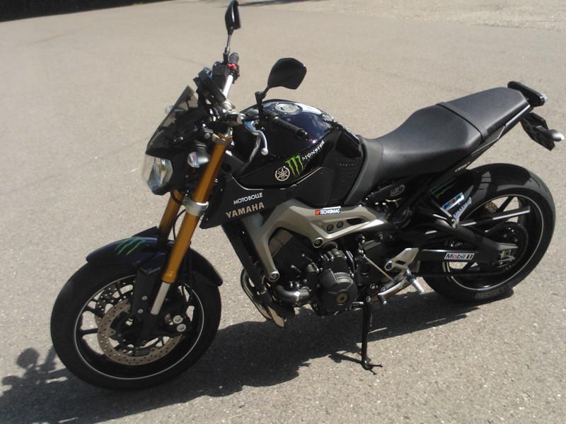 Photos de toutes les Yamaha MT-09 du forum ! :) 574963YViperhell