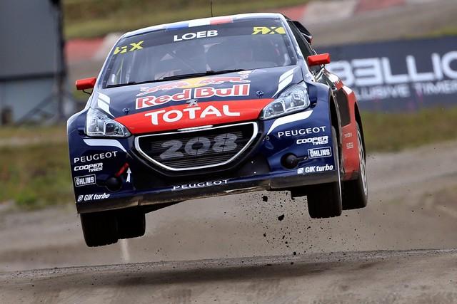 Les PEUGEOT 208 WRX enflamment la Suède - 2ème et 3ème en World RX et victoire en EURO RX 5764505776d77699c31