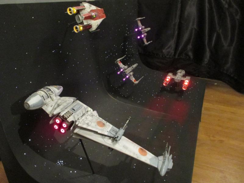 STAR WARS : Diorama Flotte rebelle - Page 4 576596IMG0158