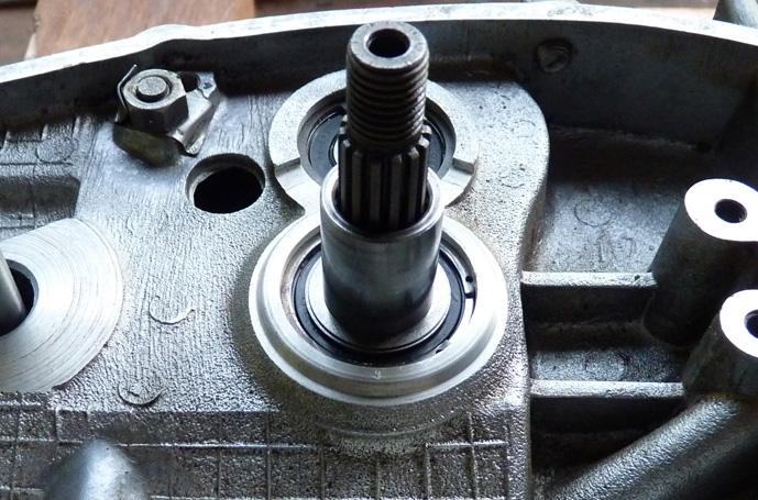remontage d'un bas moteur d'une 125 TS 576758P1060222