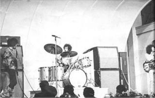 Stockholm (Stora Scenen) : 4 septembre 1967 [Premier concert] 581122page5701006full