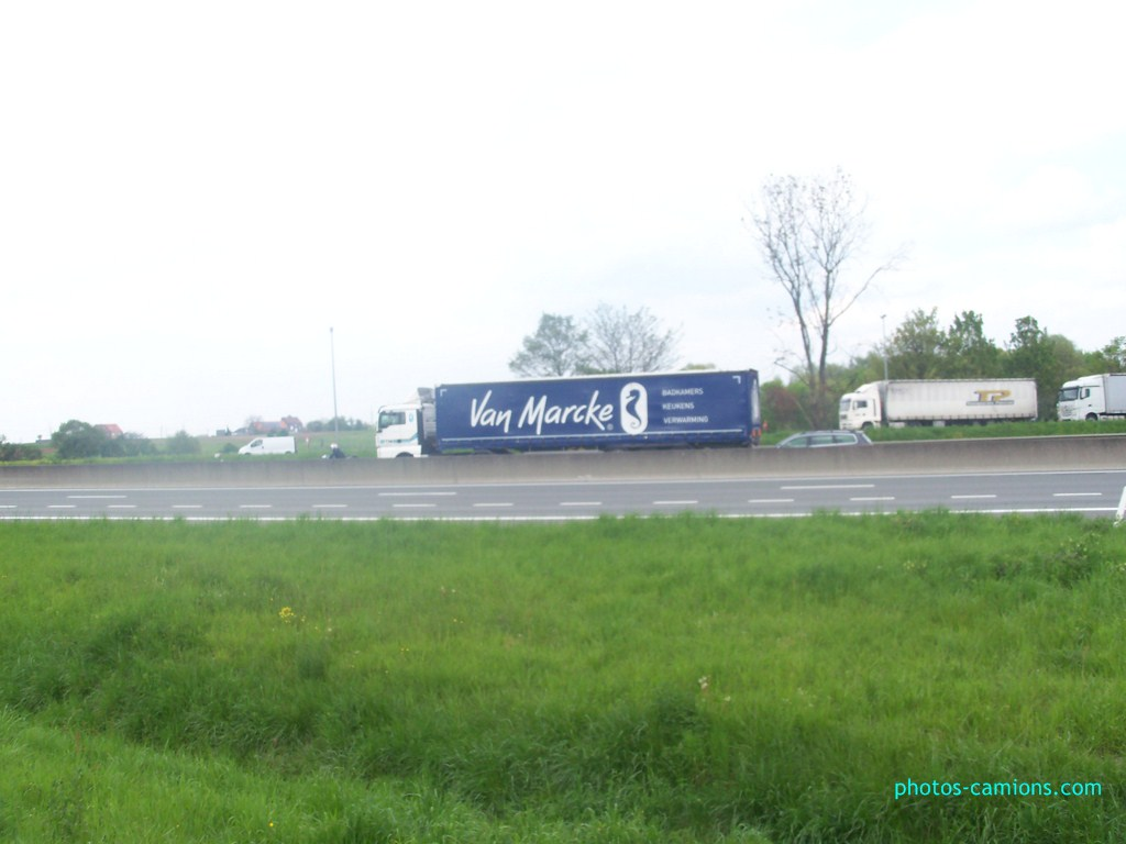 TIN Transport International Nieuwenhuyse  (Kortrijk) 582385photoscamions7mai201224Copier