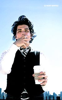 Gerard Way #003 avatars 200*320 pixels   584866bkbj