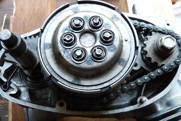 remontage d'un bas moteur d'une 125 TS 590223P1060236