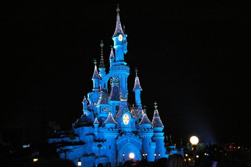Vos photos nocturnes de Disneyland Paris - Page 6 591225IMGP5369
