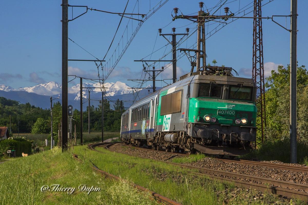 Des trains dans le Comminges 59189320140514BB407400Ter872732auFourc9