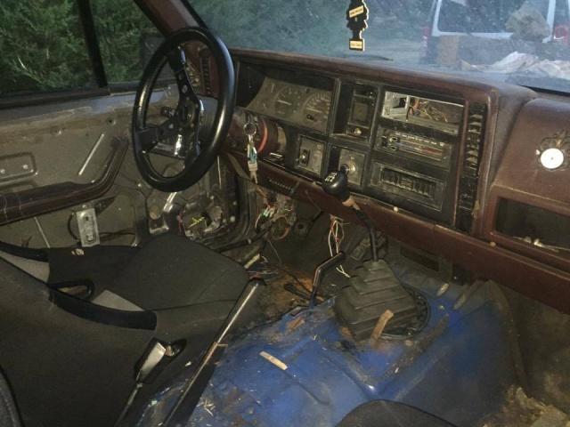 [ Jeep Cherokee XJ 2.1TD 1988 - Transformation en pick-up ]  592333Vuetableaudebord