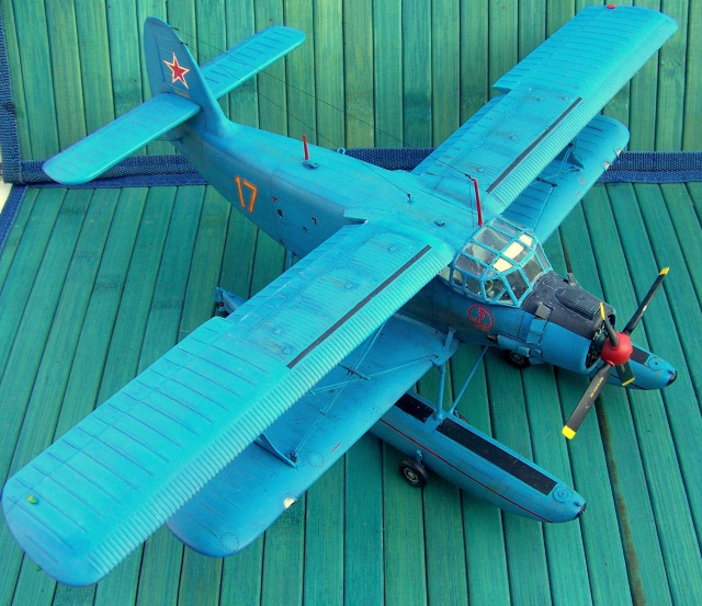 Pantouflard soviétique : l'Antonov AN-2V 5968961083675