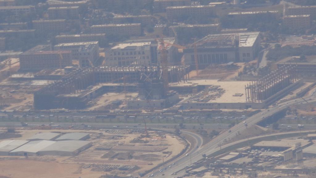 مشروع جامع الجزائر الأعظم: إعطاء إشارة إنطلاق أشغال الإنجاز - صفحة 7 598716DSC00287