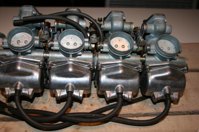 CB 550 F1 1976 d'un Padawan  - Page 11 599909IMG6610